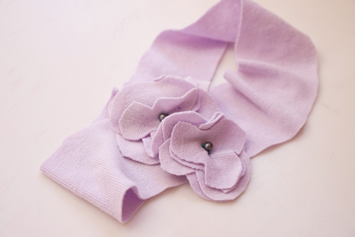 Flowered t-shirt headband