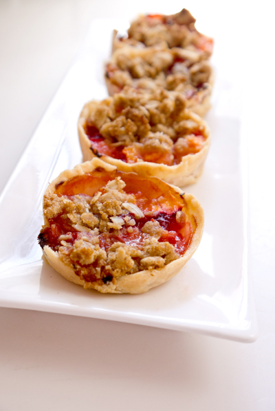 Nectarine mini pies (with crumble on top)