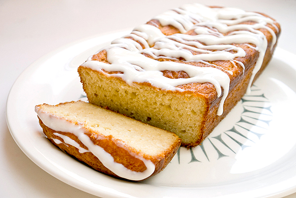Yogurt snack bread