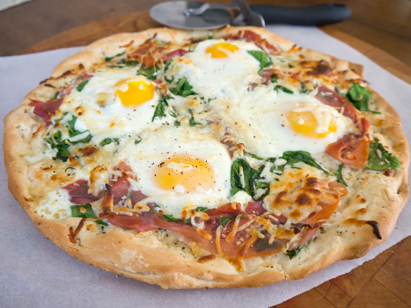 Sexy food: Breakfast pizza
